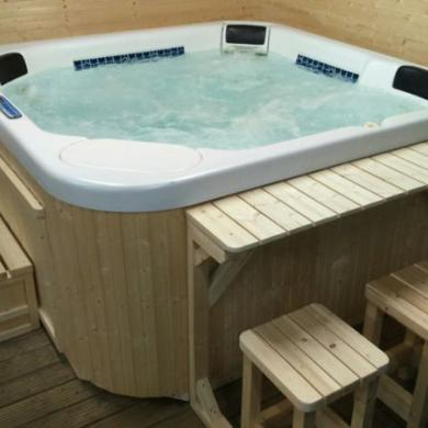 Used Hot Tub ( Outside Refurbished) \'\'dimension One Spas\'\' Usa for ...